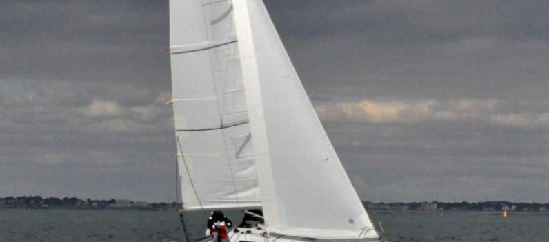 Minibee upwind at La trinité