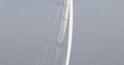 Minibee-Z sailing upwind